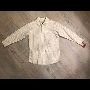 🆕Urban pipeline boys button down shirt NWT